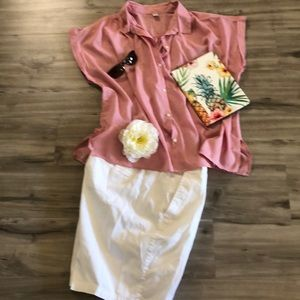 Old Navy rolled sleeve button down shirt🌼